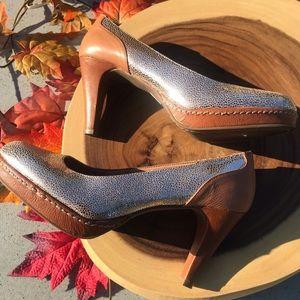 Anthro Schuler & Sons Philadelphia Gold Heels